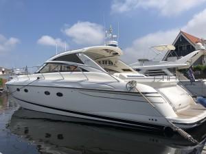 Princess  V48 | Jacht makelaar | Shipcar Yachts
