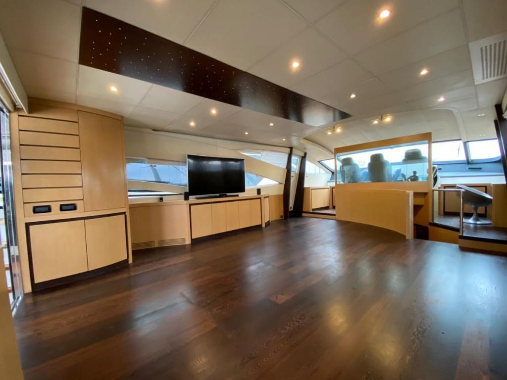 Pershing 90 | Jacht makelaar | Shipcar Yachts