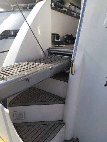 Elegance 82 S | Jacht makelaar | Shipcar Yachts