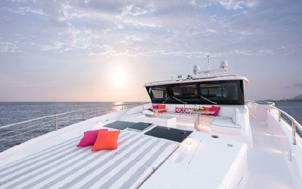 Horizon  FD 87 | Jacht makelaar | Shipcar Yachts