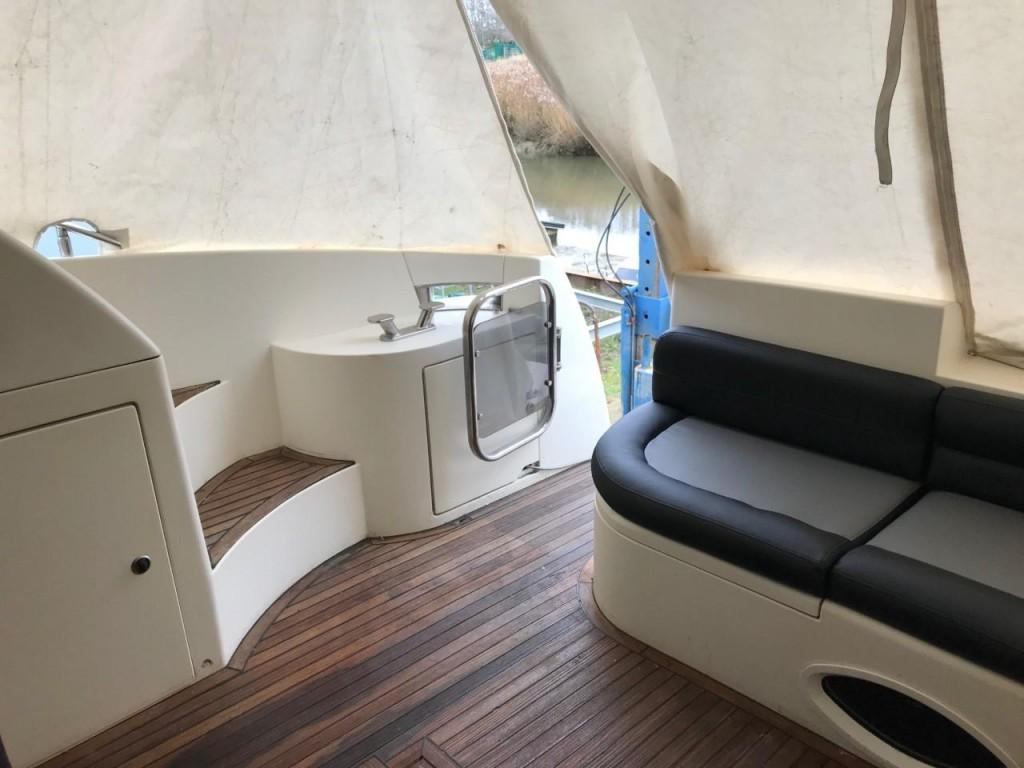 Azimut 46 Fly   Jacht makelaar   Shipcar Yachts