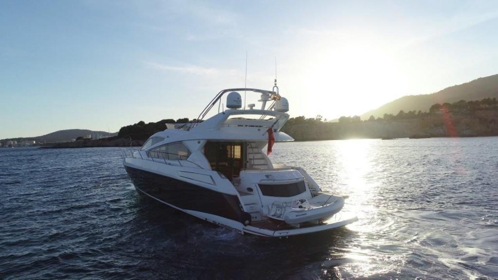 Sunseeker Manhattan 63 | Jacht makelaar | Shipcar Yachts
