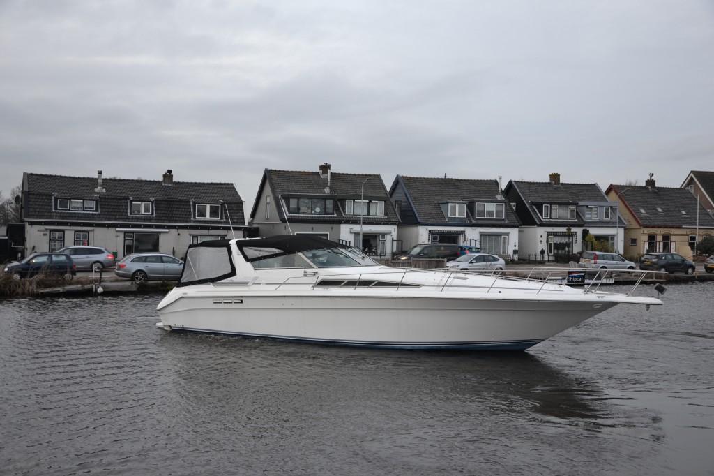 Sea Ray 420 | Jacht makelaar | Shipcar Yachts