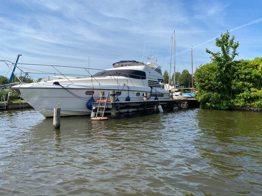Fairline  Squadron 50   Jacht makelaar   Shipcar Yachts