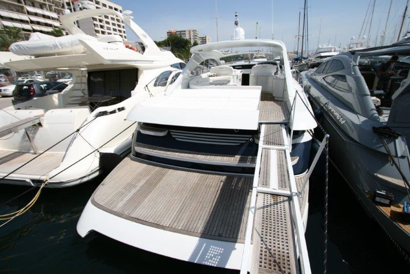 Pershing 65 HT   Jacht makelaar   Shipcar Yachts