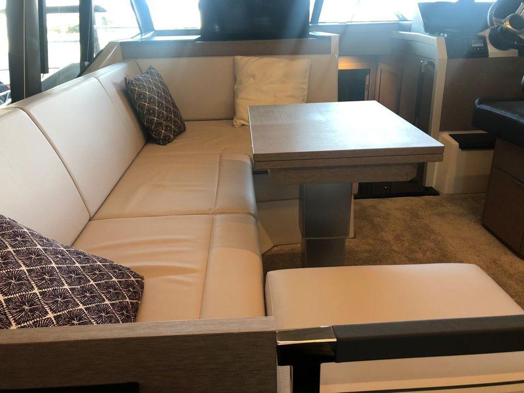 Prestige 420 Fly   Jacht makelaar   Shipcar Yachts