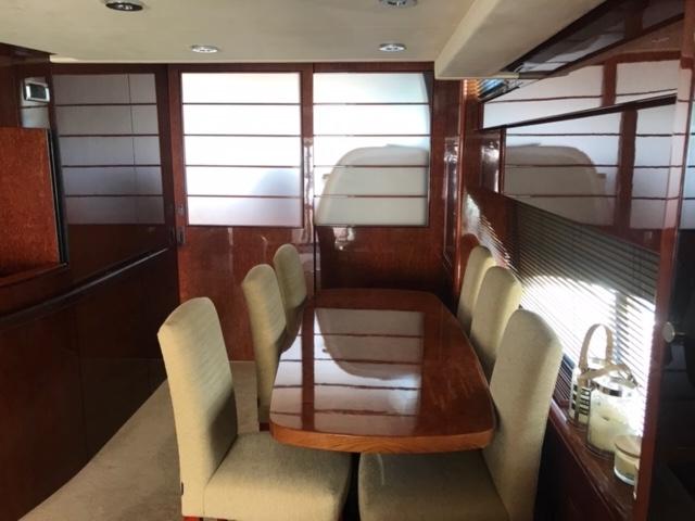 Fairline Squadron 74 | Jacht makelaar | Shipcar Yachts