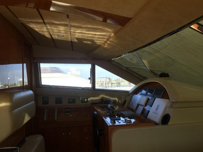 Ferretti  680 | Jacht makelaar | Shipcar Yachts
