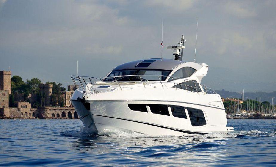 Sunseeker Predator 57 | Jacht makelaar | Shipcar Yachts