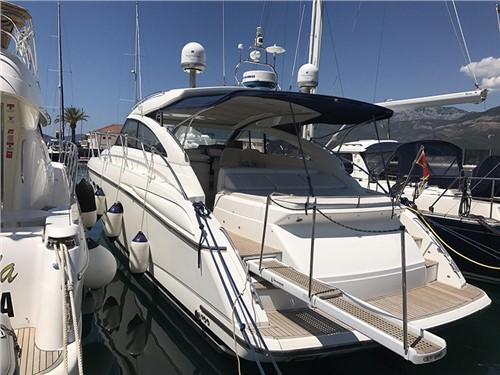 Princess V45   Jacht makelaar   Shipcar Yachts