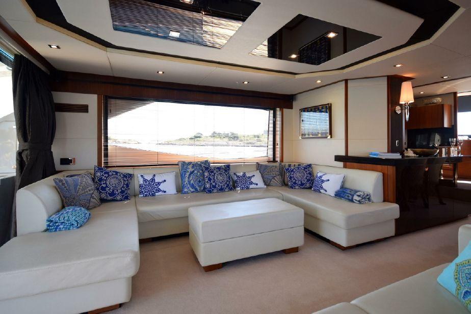 Sunseeker Manhattan 73 | Jacht makelaar | Shipcar Yachts