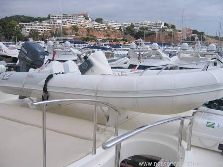 Azimut 80 | Jacht makelaar | Shipcar Yachts