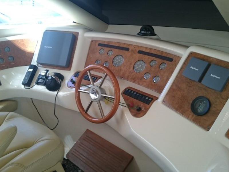 Azimut 58   Jacht makelaar   Shipcar Yachts
