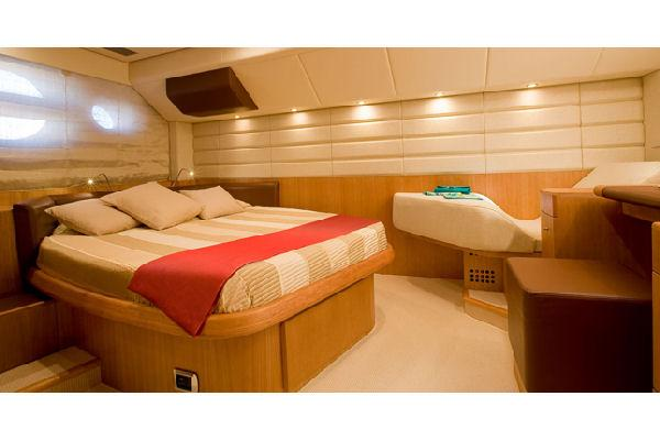Aicon 58 | Jacht makelaar | Shipcar Yachts