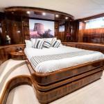 Astondoa  GLX 95 7 | Jacht makelaar | Shipcar Yachts