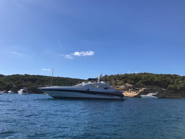 Pershing 65 HT | Jacht makelaar | Shipcar Yachts