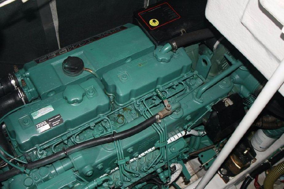 Fairline Targa 43 | Jacht makelaar | Shipcar Yachts