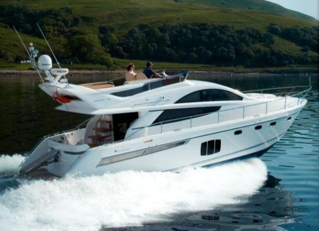 Fairline Phantom 48 | Jacht makelaar | Shipcar Yachts