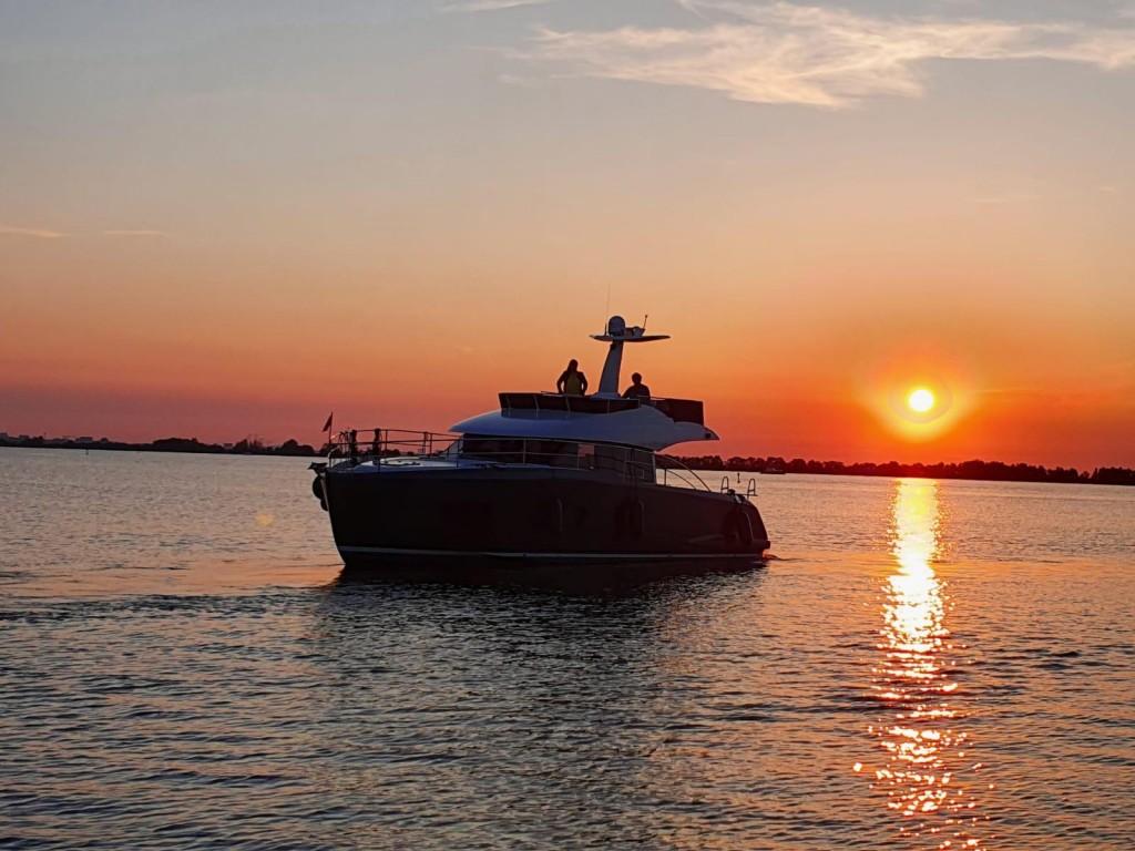 Van Der Heijden Hayden 430 Fly   Jacht makelaar   Shipcar Yachts