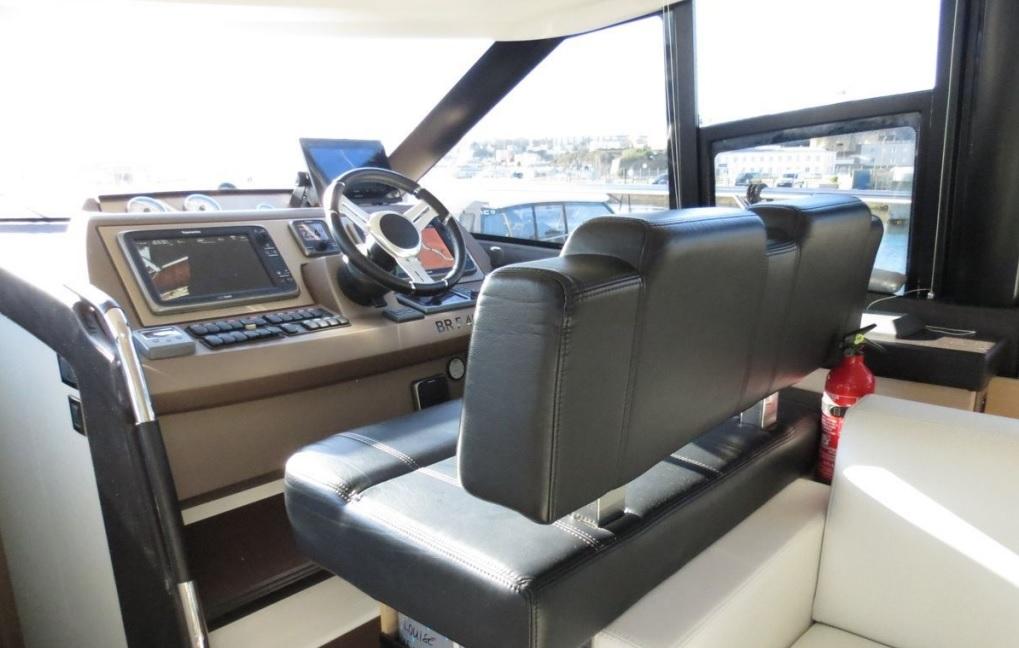 Prestige 500 Fly | Jacht makelaar | Shipcar Yachts