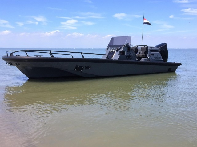 Boston Whaler Combat (Army Boat) | Jacht makelaar | Shipcar Yachts