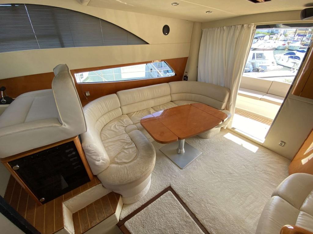 Fairline 40 fly | Jacht makelaar | Shipcar Yachts