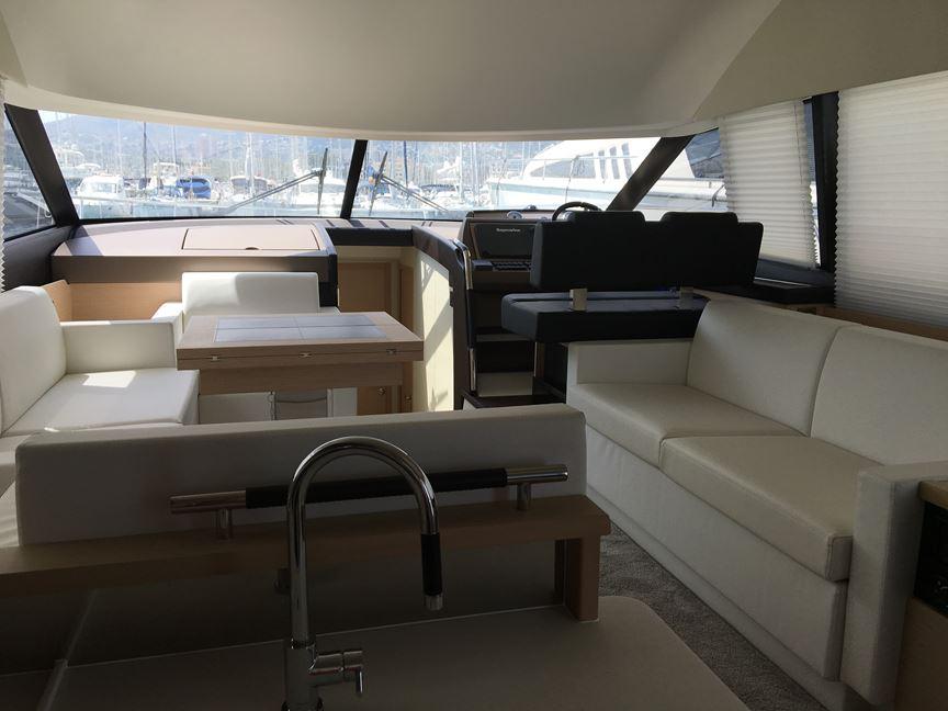 Prestige 500 | Jacht makelaar | Shipcar Yachts