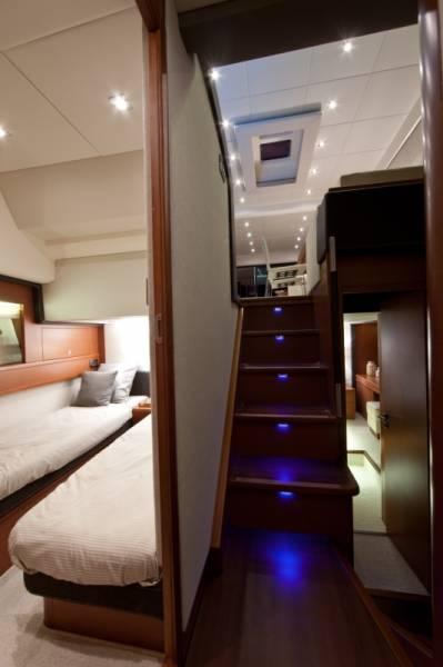Prestige 620 | Jacht makelaar | Shipcar Yachts
