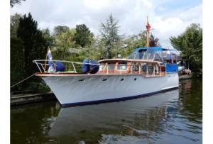 Super Van Craft 13.20m | Jacht makelaar | Shipcar Yachts