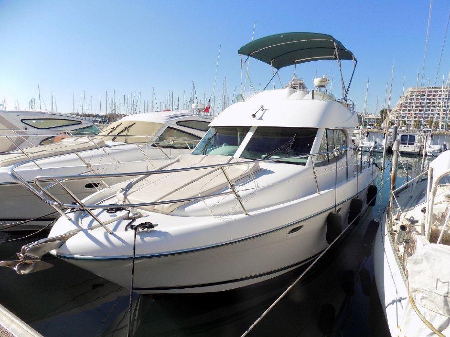 Jeanneau Prestige 32 Fly | Jacht makelaar | Shipcar Yachts