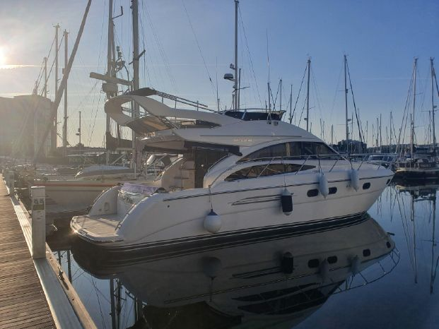 Princess  42 Fly | Jacht makelaar | Shipcar Yachts