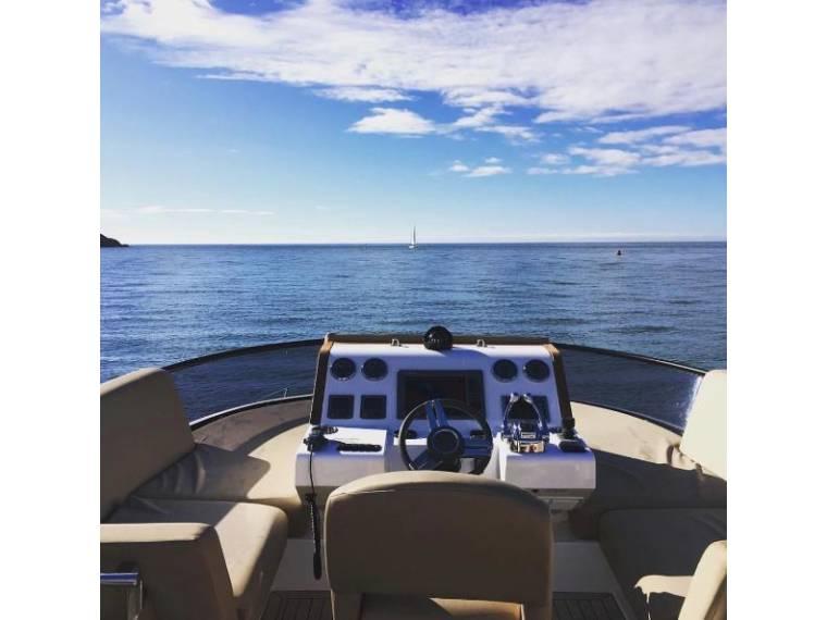 Sealine F 46 | Jacht makelaar | Shipcar Yachts
