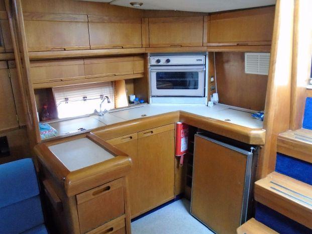 Sealine 365 | Jacht makelaar | Shipcar Yachts