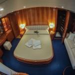Guy Couach  2100 FLY 13 | Jacht makelaar | Shipcar Yachts