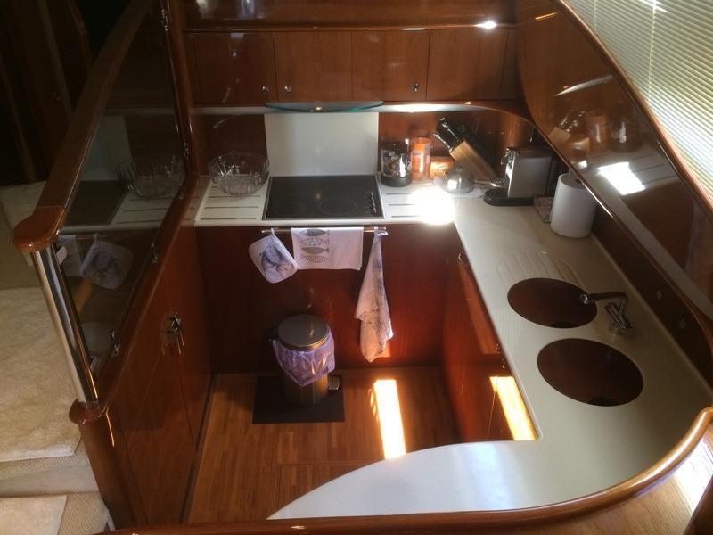 Princess 65 Fly | Jacht makelaar | Shipcar Yachts