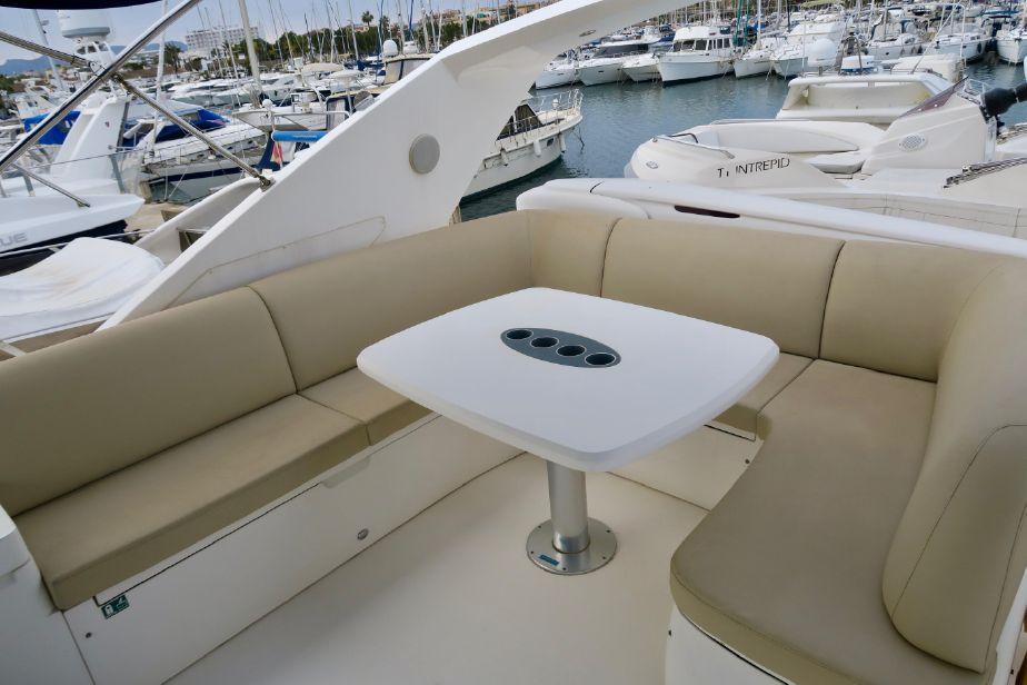 Princess 67 | Jacht makelaar | Shipcar Yachts
