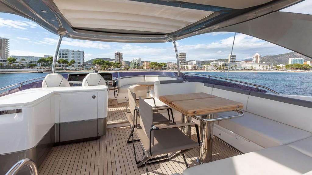 Princess F 62 | Jacht makelaar | Shipcar Yachts