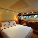 Sealine T 60 17 | Jacht makelaar | Shipcar Yachts