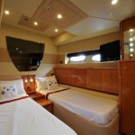 Sealine T 60 19 | Jacht makelaar | Shipcar Yachts