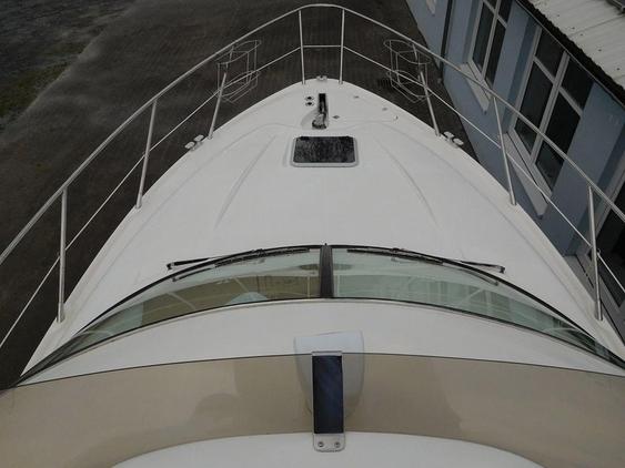Sealine F 37 | Jacht makelaar | Shipcar Yachts