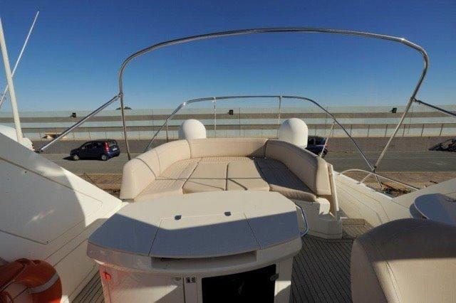 Sealine T 60 | Jacht makelaar | Shipcar Yachts