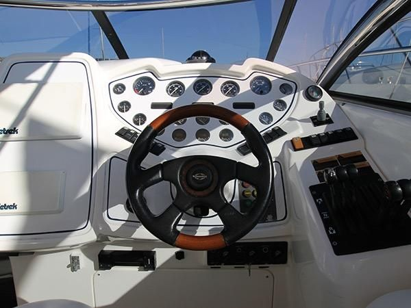 Sunseeker Superhawk 48    Jacht makelaar   Shipcar Yachts