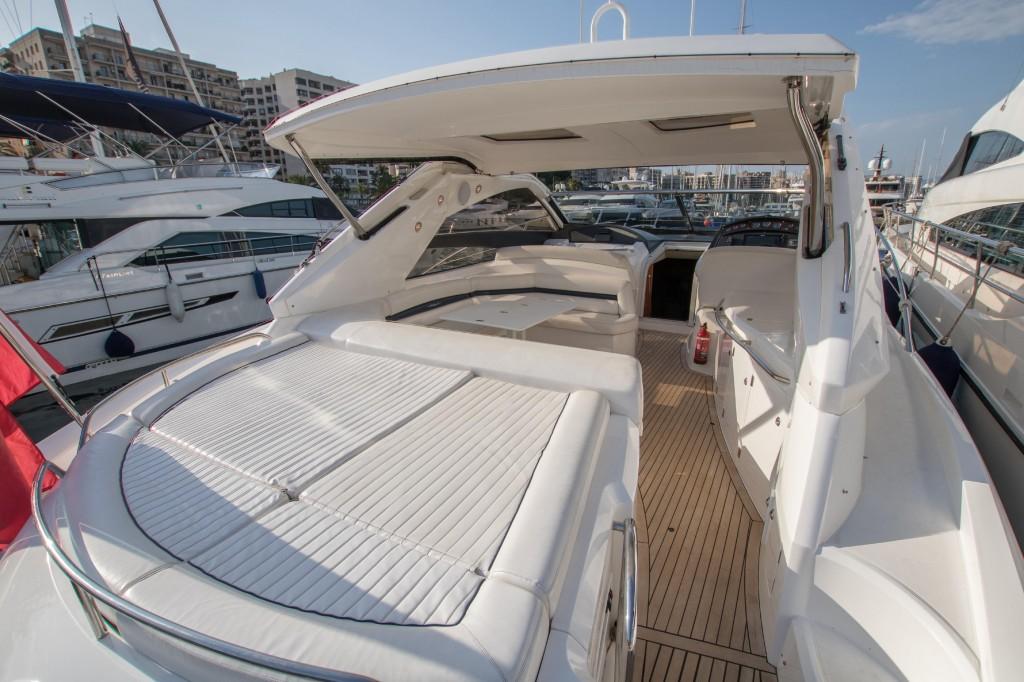 Sunseeker Portofino 53 | Jacht makelaar | Shipcar Yachts