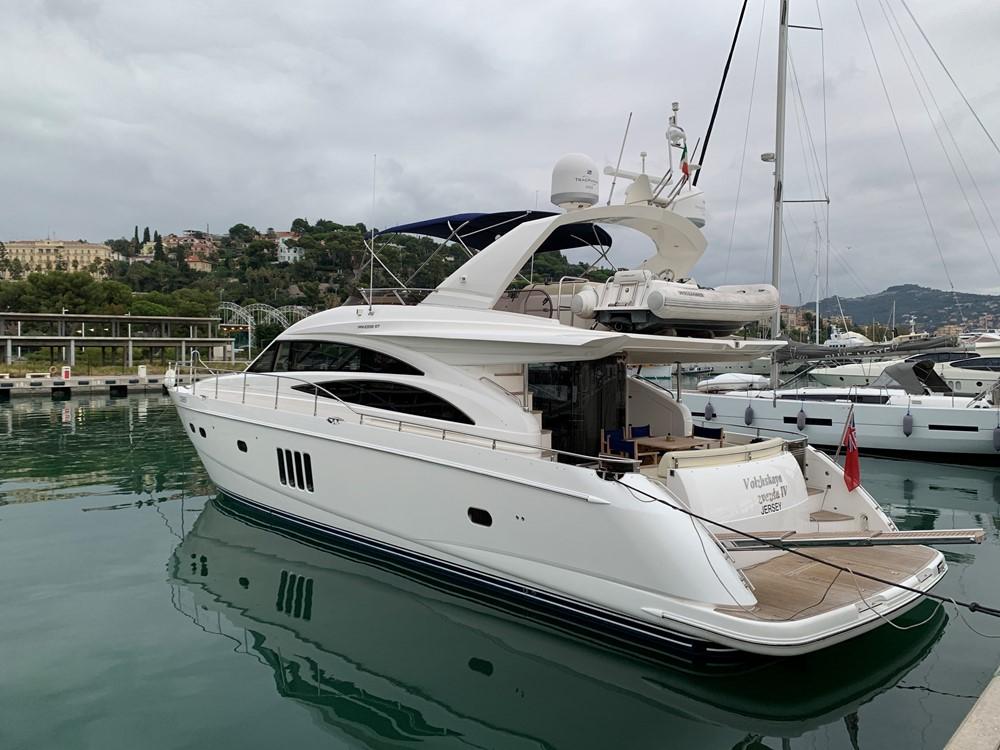 Princess P 67 | Jacht makelaar | Shipcar Yachts