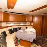 Sunseeker Predator 68 12 | Jacht makelaar | Shipcar Yachts