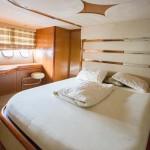 Sunseeker Predator 68 19 | Jacht makelaar | Shipcar Yachts