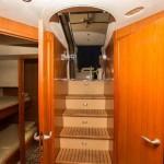 Sunseeker Predator 68 6 | Jacht makelaar | Shipcar Yachts