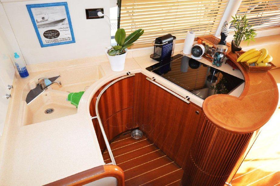 Azimut 52 | Jacht makelaar | Shipcar Yachts