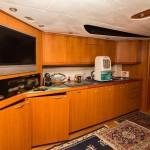 Sunseeker Predator 68 9 | Jacht makelaar | Shipcar Yachts