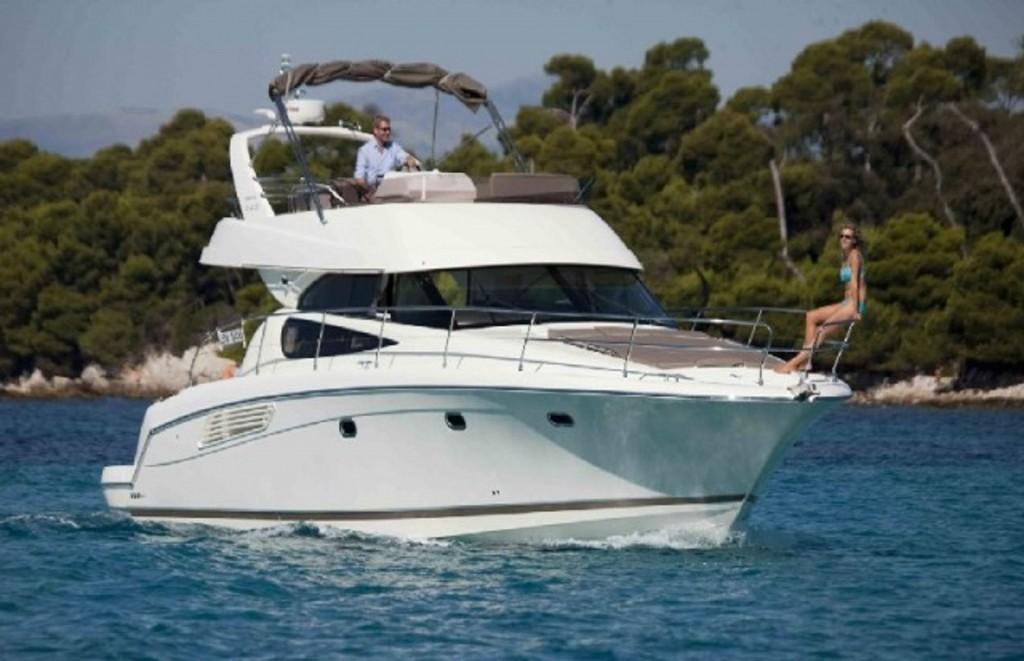 Prestige 440 Fly | Jacht makelaar | Shipcar Yachts
